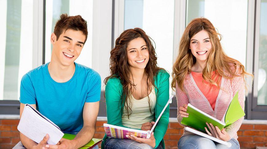 В каком случае можно поступить на платное обучение украина европейское образование в испании
