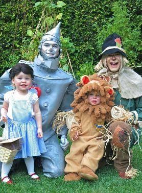 оригинальные костюмы для семьи на Хеллоуин