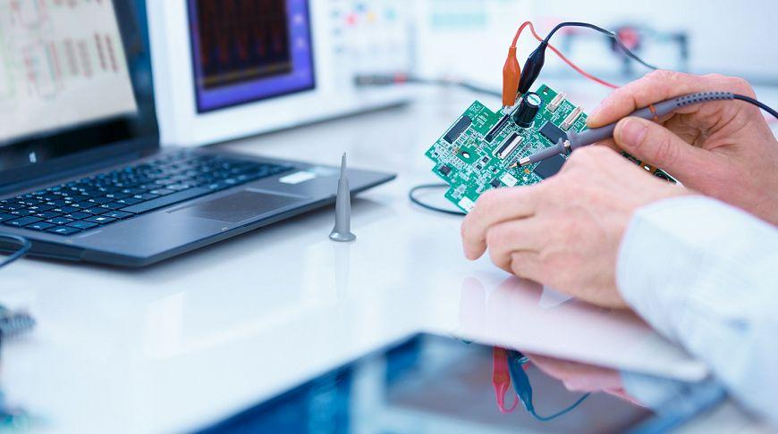 Специалист по ремонту мелкой электроники