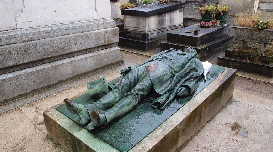 могила Виктора Нуаре