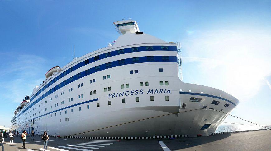 пароход Принцесса Мария в Петербурге