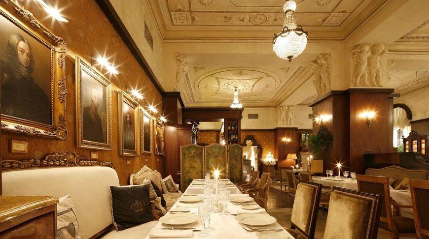 ресторан с шикарным интерьером