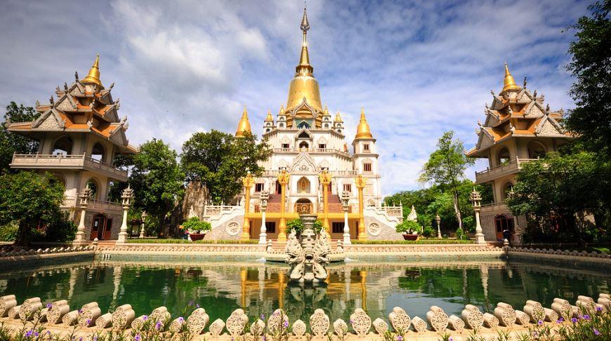 Вьетнамское религиозное сооружение