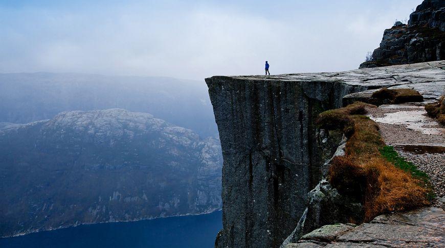Над землей, Прекестулен, Норвегия