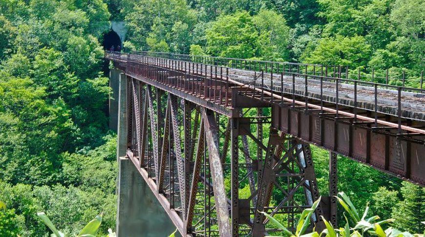 страшный заброшенный мост