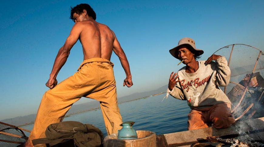 Рыбаки в лодке, Мьянма
