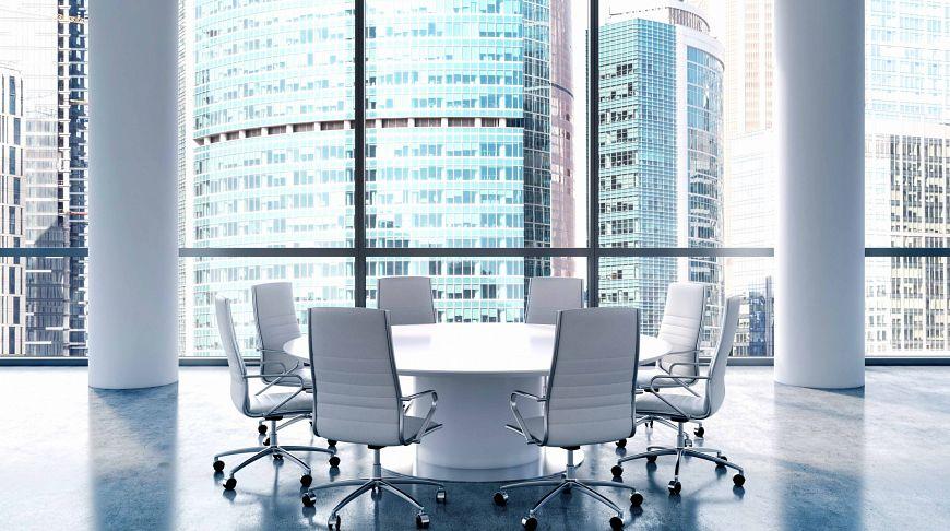 стол для переговоров в Москве