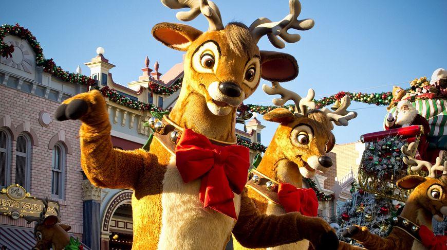 Сказочный рождественский парад в Диснейленде, Анахайм
