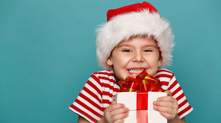 Чем порадовать близких: 17 идей для подарка на Рождество