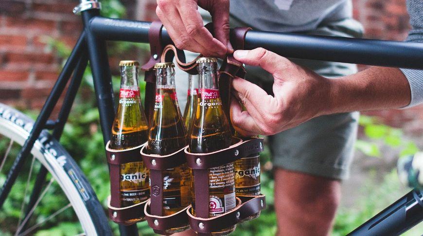 Кожаный держатель для бутылок на раму