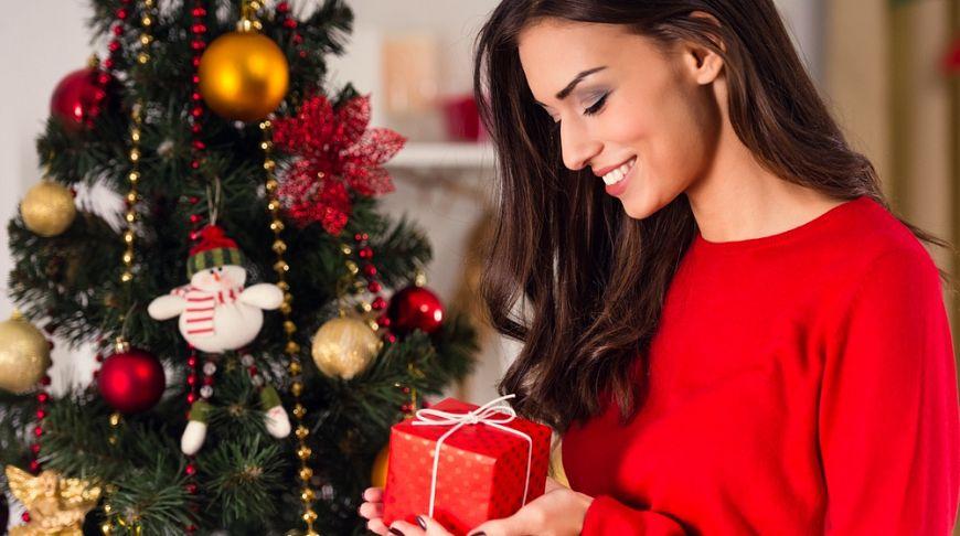 Подарки на новый 2017 год женщине