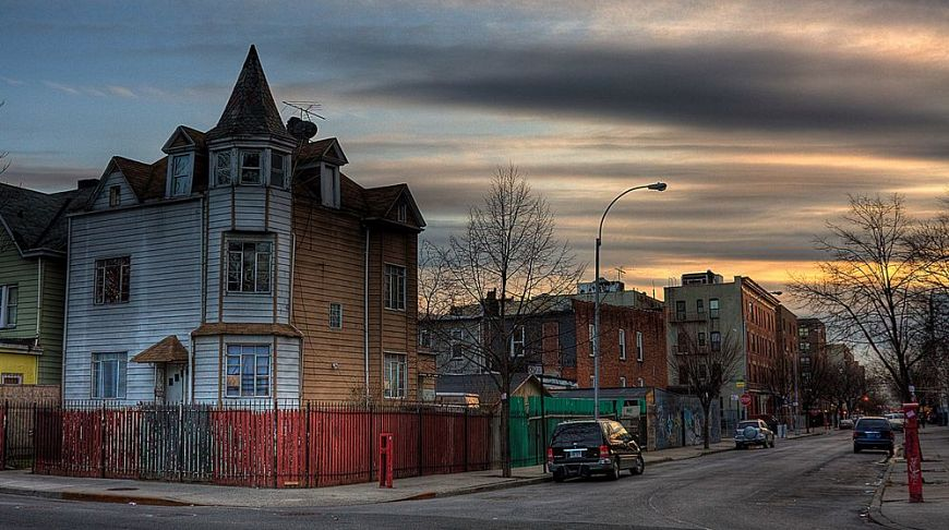 Престижные районы нью йорка квартира в дубае цена