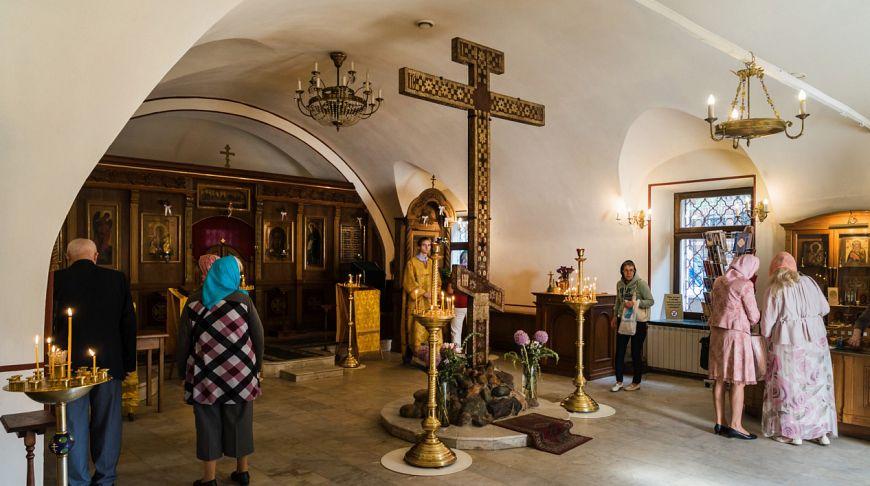 Картинки по запросу Священный Кийский крест в Крапивниках