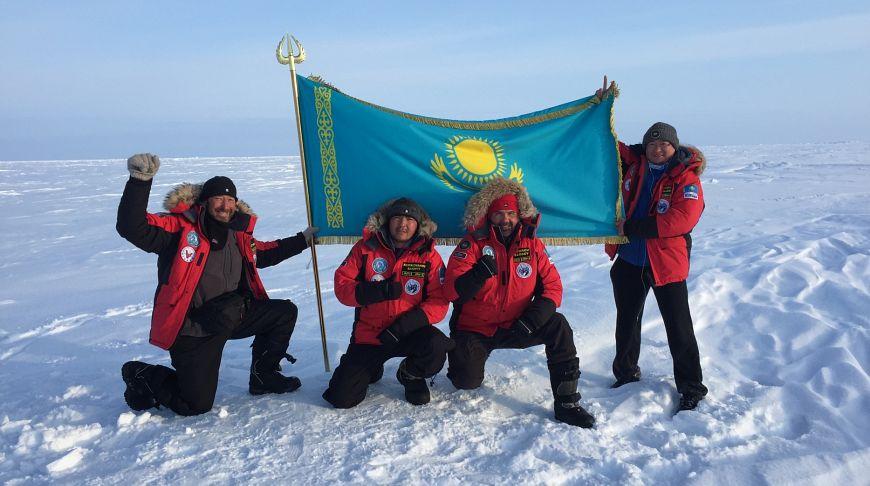 Люди казахстана попавшие в книгу рекордов гиннеса