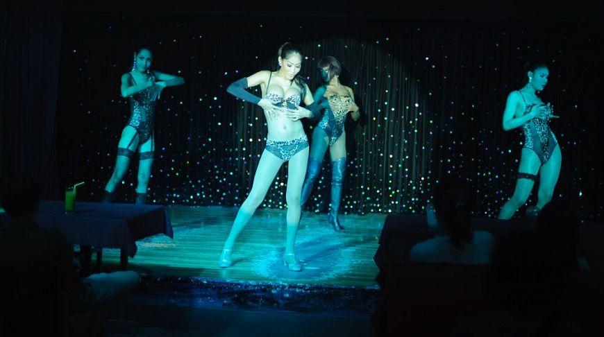Названия эротических шоу ночной клуб музыка рок