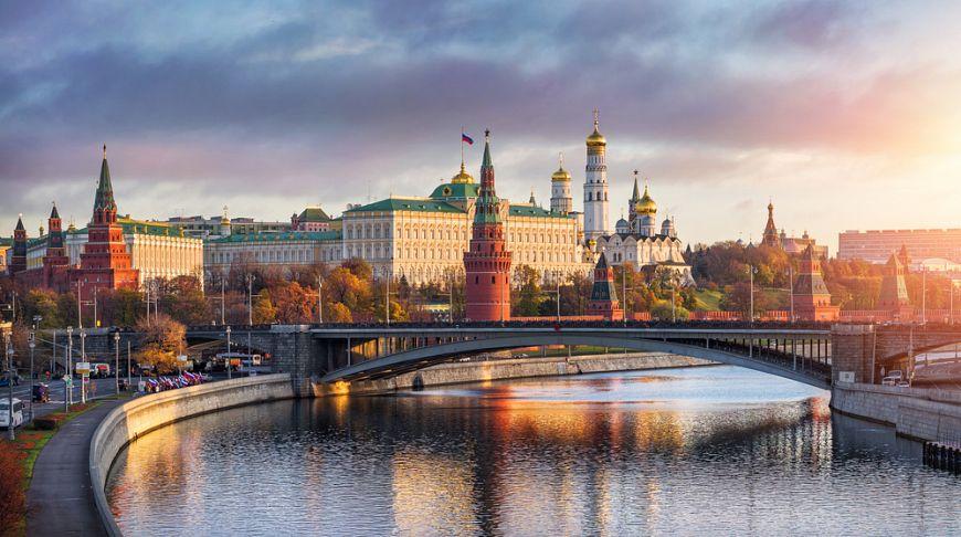 Картинки по запросу москва-река