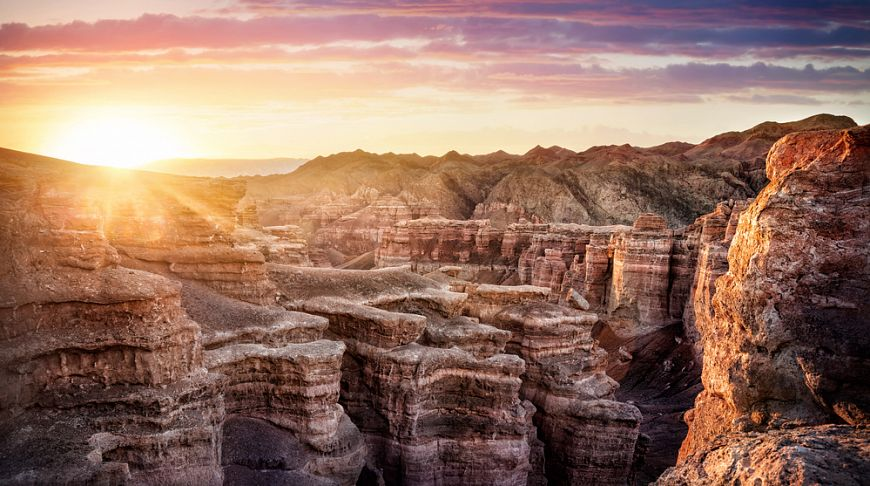 Картинки по запросу 4 каньона реки чарын