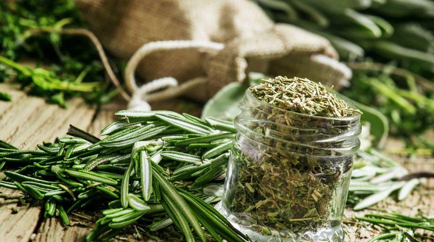 Какие пряности и травы используют французы на кухне