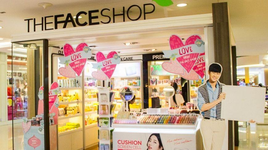 Курортный городок вряд ли можно назвать меккой косметического шопинга  Таиланда, это звание по праву принадлежит Бангкоку. В Паттайе постоянно  сталкиваешься ... 135d9577a98