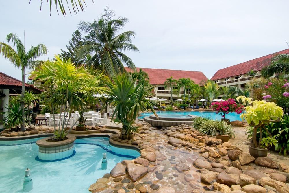 отель в паттайе баннаммао резорт фото жизни знаменитостей вне