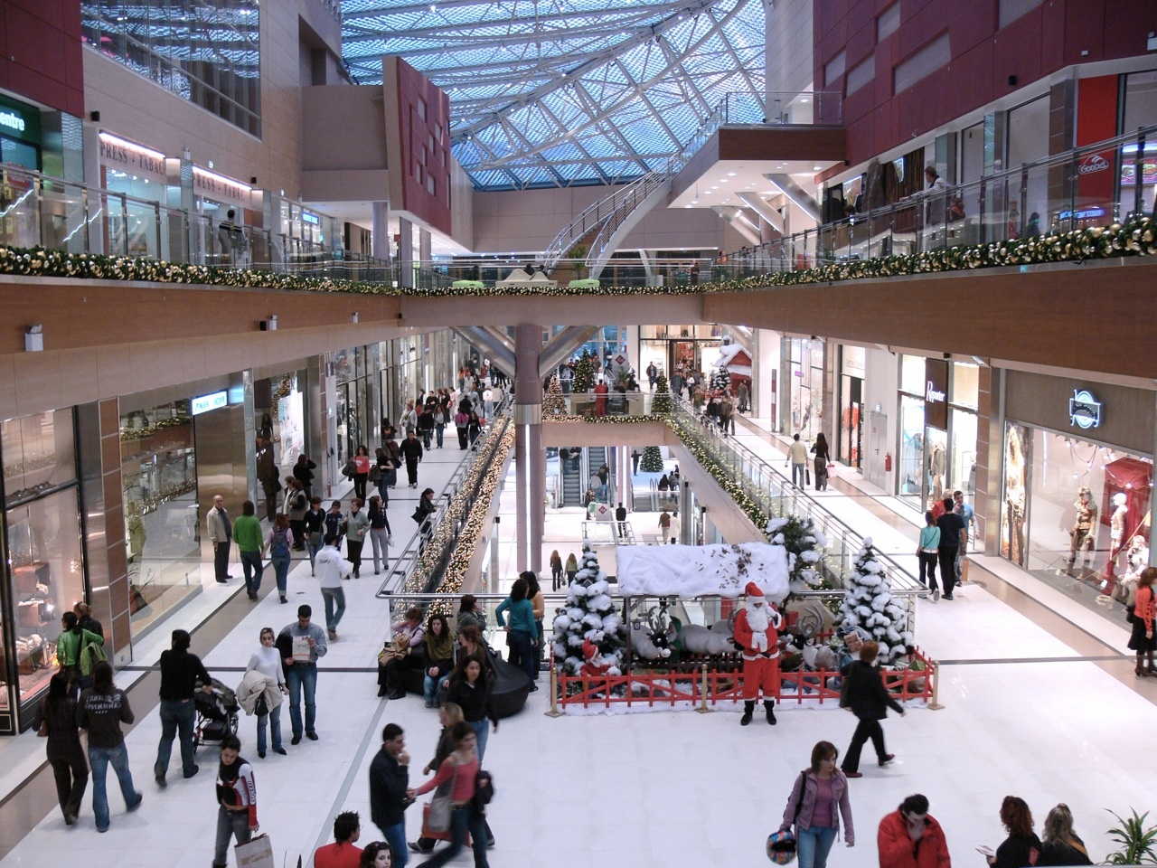 cab05c1edd0 ТЦ Mall Athens в Афинах