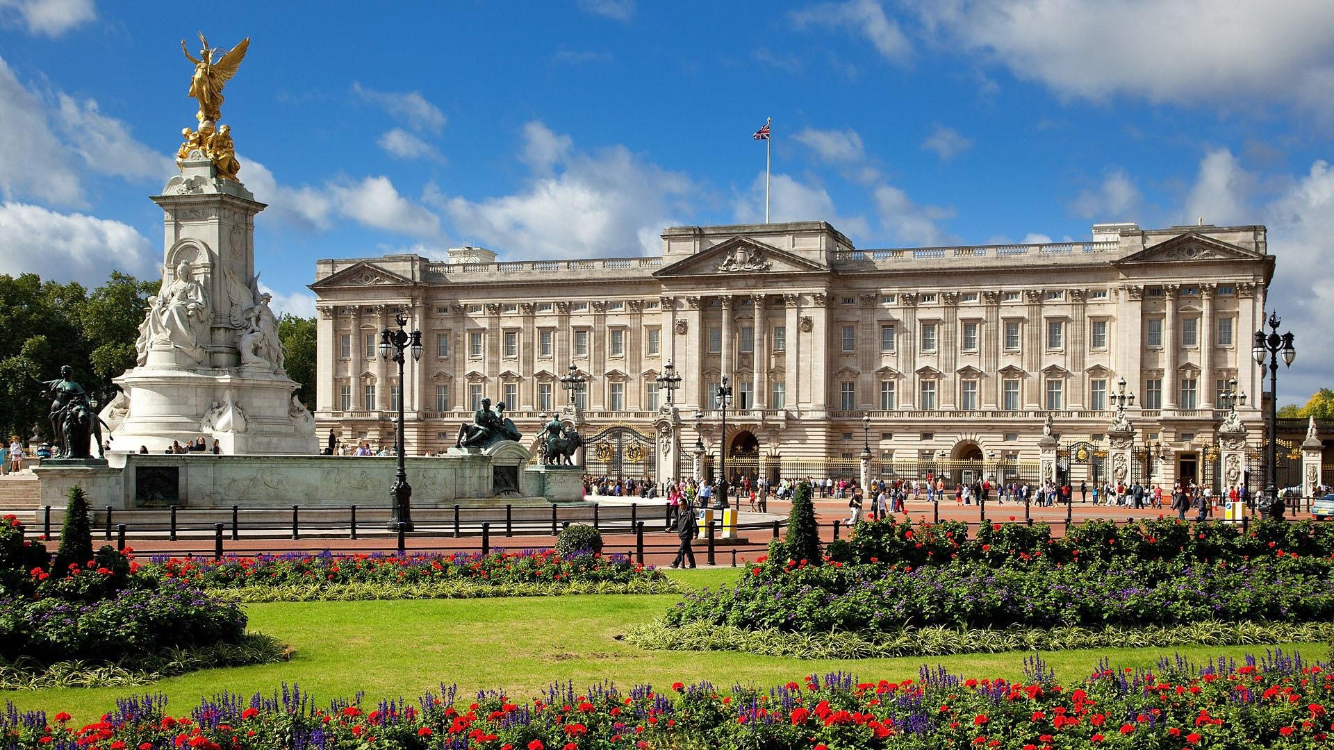 Картинки по запросу букингемский дворец