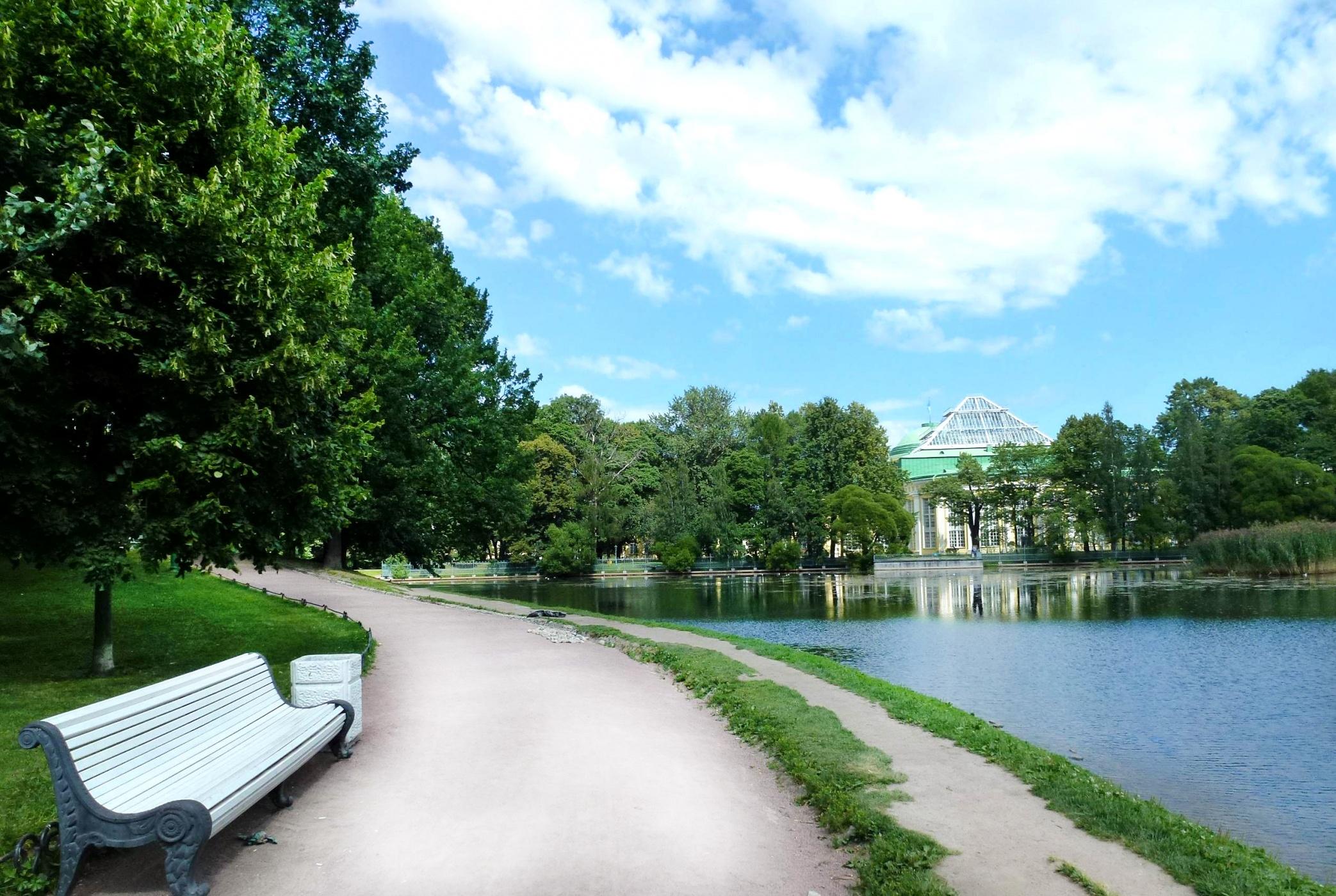 первые экземпляры таврический сад в санкт петербурге фото создание известную компанию