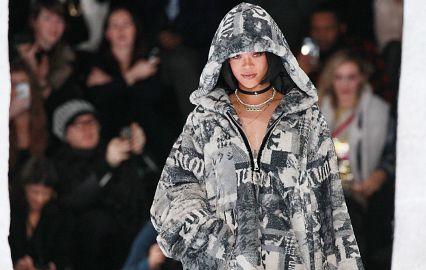 Рианна поподиуме: эстрадная певица представит встолице франции новейшую коллекцию одежды