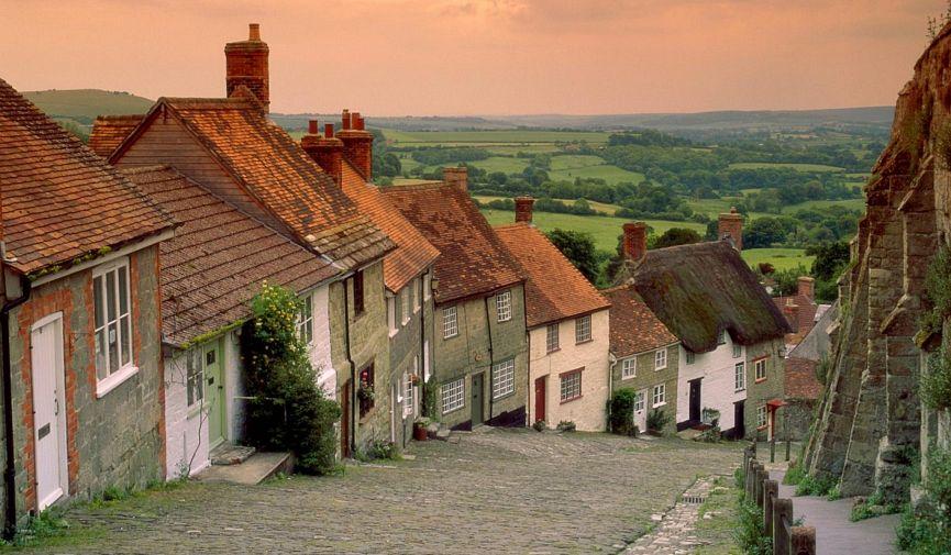7 живописных городов Соединенного Королевства с населением менее 100 000 человек