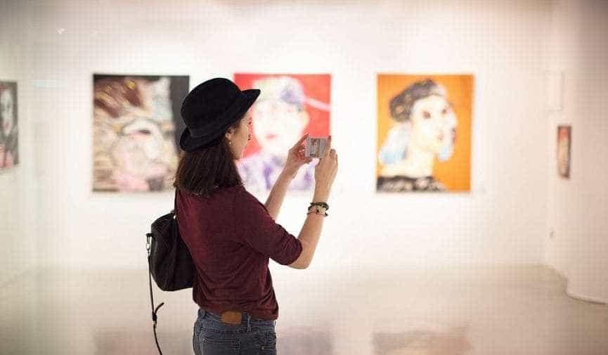 Перформансы, выставки и танцы под вулканом: 9 арт-фестивалей, которые сделают ваше лето
