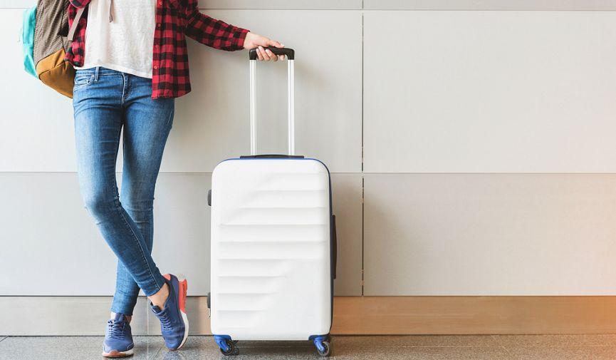 Через границу без заминок: 7 моментов, которые нужно знать о паспортах и визах