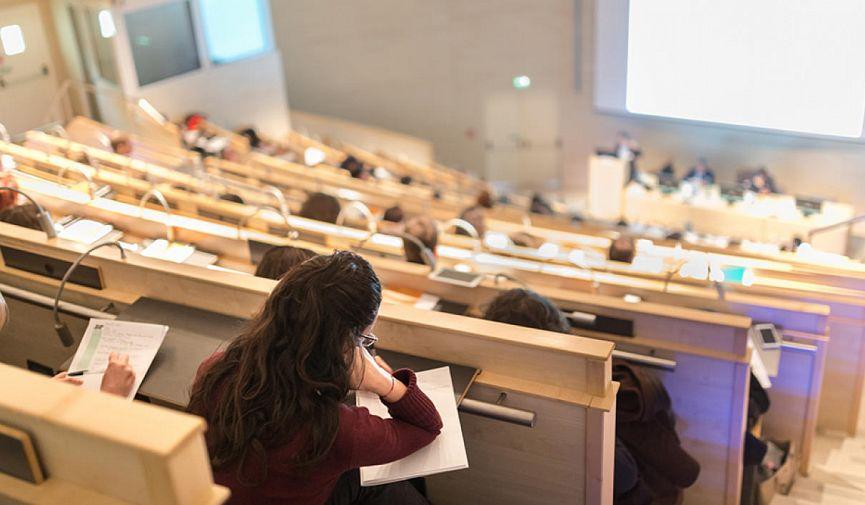 Найти работу! Куда податься с греческим образованием