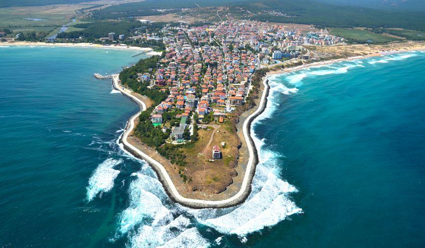 Недвижимость и уровень жизни в Болгарии и Черногории: сравнение цен на жилье и продукты