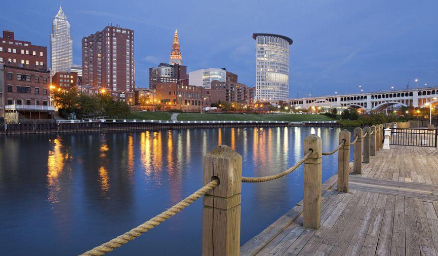 ТОП-10 американских городов для комфортной жизни на 40 тысяч долларов ежегодно