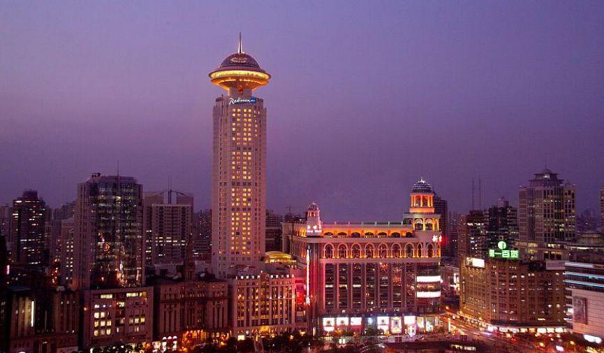 Встречайте свой лучший Новый год и Рождество в Radisson Blu Hotel Shanghai New World!
