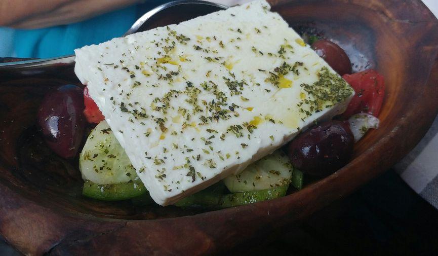 «Омномном»: 10 вкусностей, которые обязательно надо попробовать в Греции