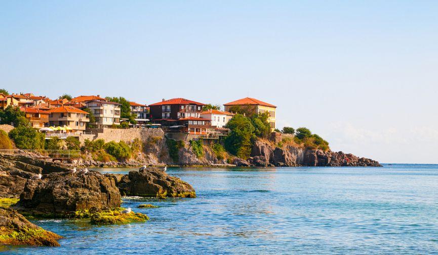 ТОП-9 квартир на берегу Болгарии, которые можно купить прямо сейчас