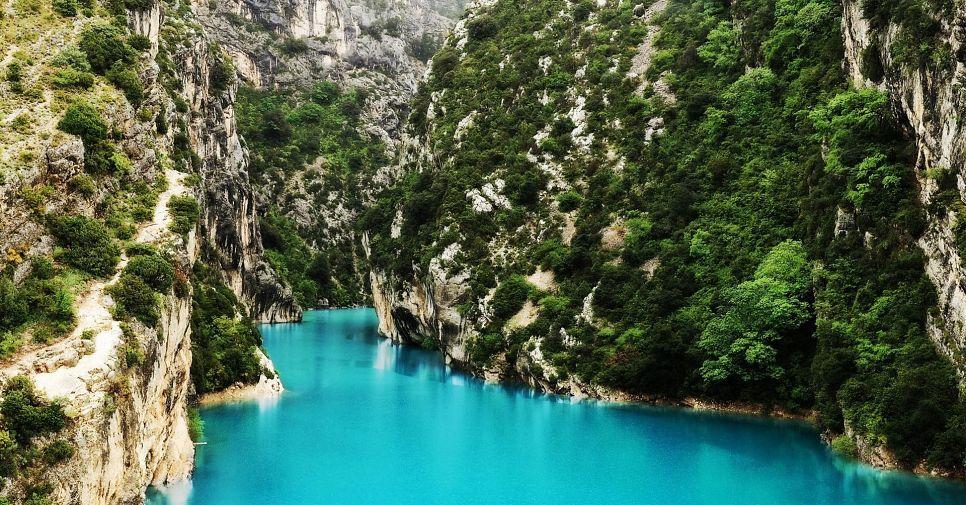 Любовь с первого взгляда: ТОП-11 самых красивых озер Франции, которые стоит увидеть каждому