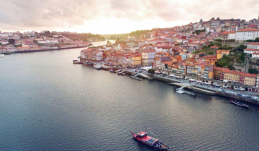 Купить ВНЖ в Европе: сравнение цен и условий в Испании и Португалии