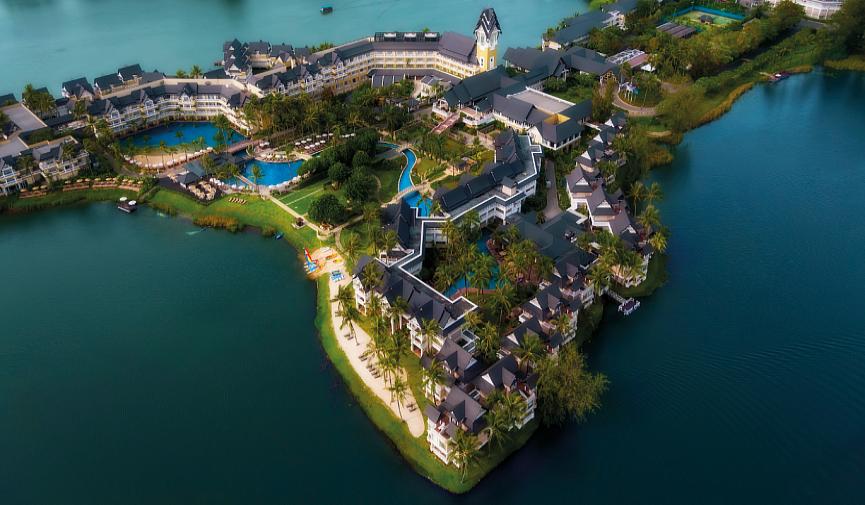 Пляж, лагуна и тропики: отель Angsana Laguna Phuket — жемчужина Пхукета