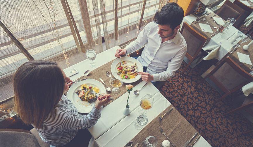 Рестораны казахстанских селебритиз: чем, где и за сколько звезды кормят посетителей