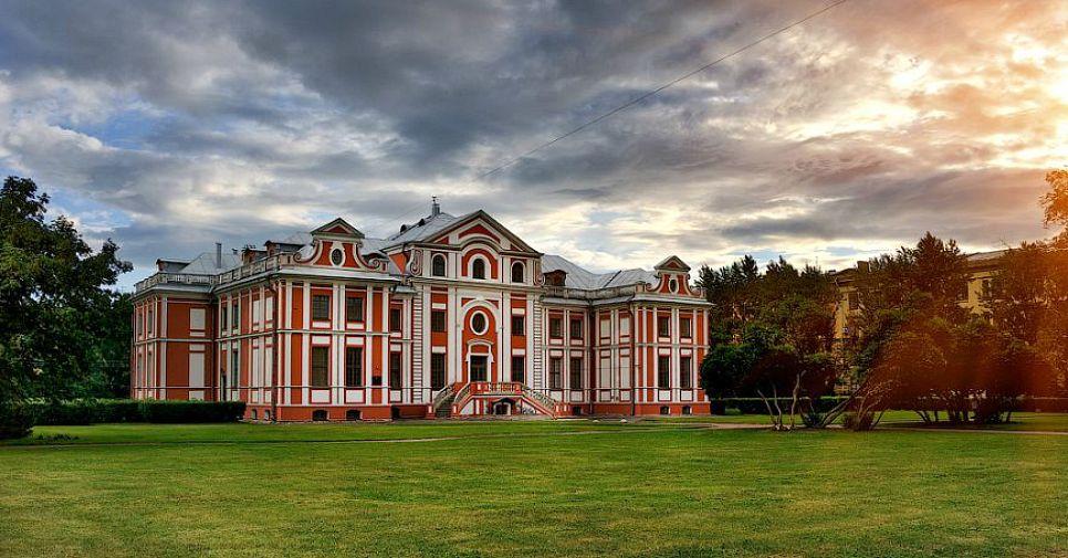 Легендарные здания Северной столицы в стиле петровского барокко