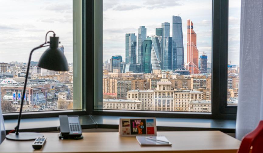 «AZIMUT Отель Смоленская Москва» — оазис комфорта в двух шагах от Арбата