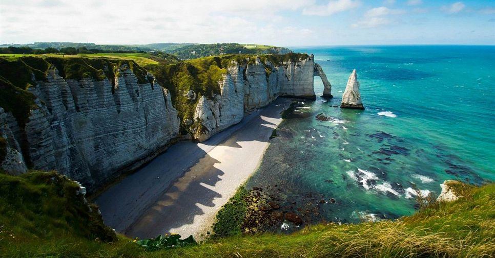 Идеи для незабываемого отдыха: 6 туров и экскурсий по Франции для самых искушенных
