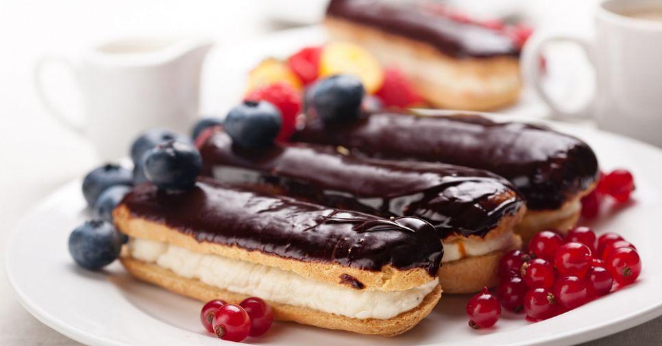 Французский десерт: ТОП-10 мест Петербурга с вкуснейшими эклерами